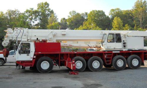Grua-GMK-5175-de-175-ton-Telescopica